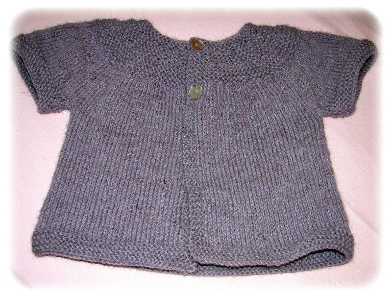 modèle tricot gilet sans manche 2 ans