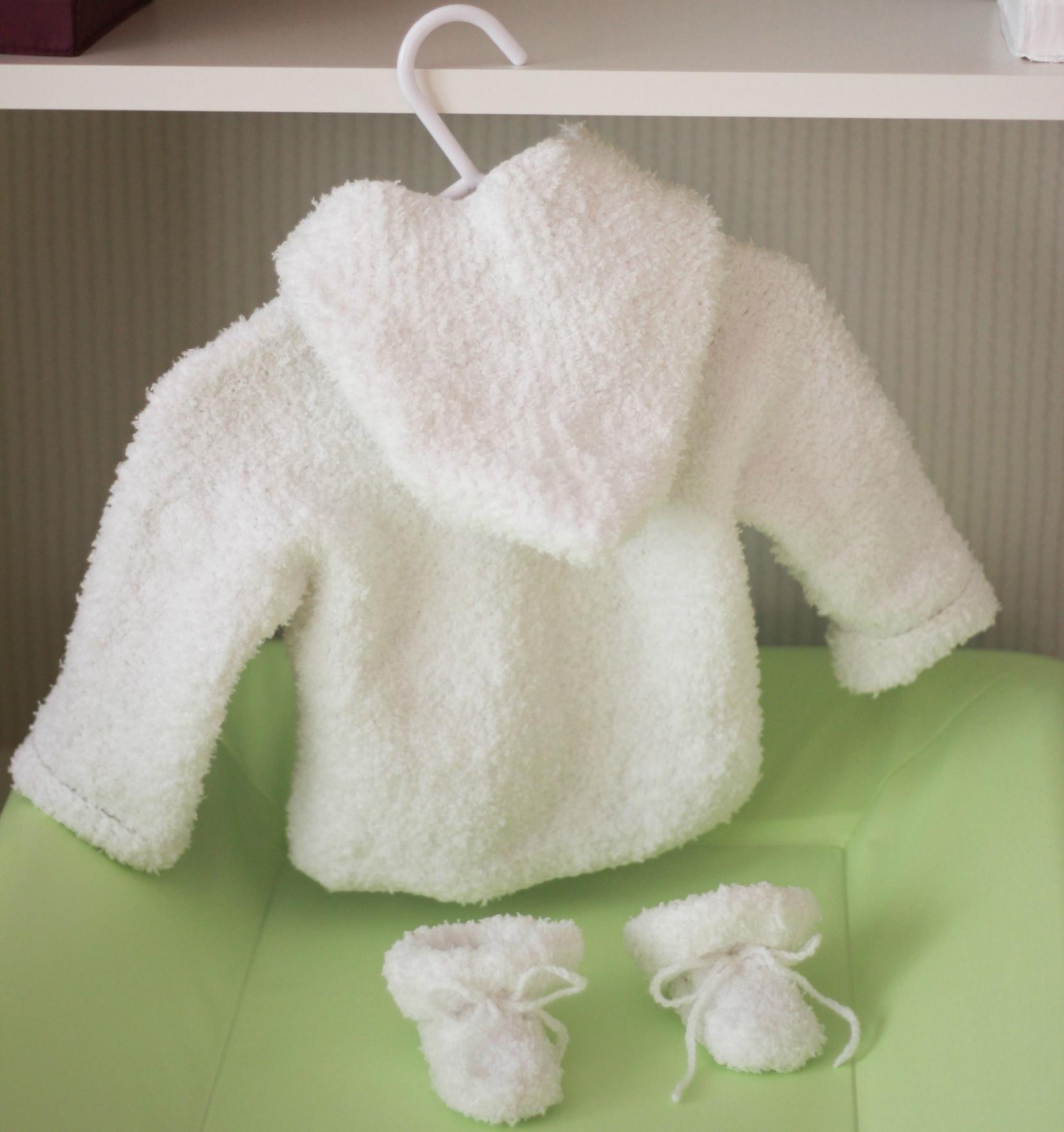 tricot bebe patron gratuit