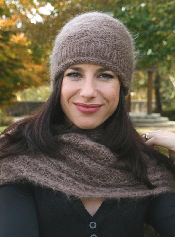 clich mod le tricot bonnet echarpe femme. Black Bedroom Furniture Sets. Home Design Ideas