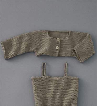 modèle tricot short bébé