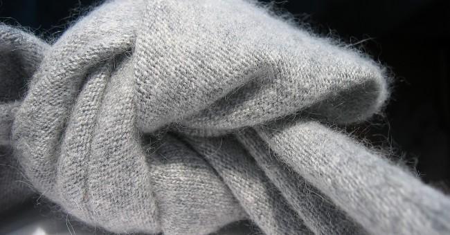 modèle tricot echarpe cachemire