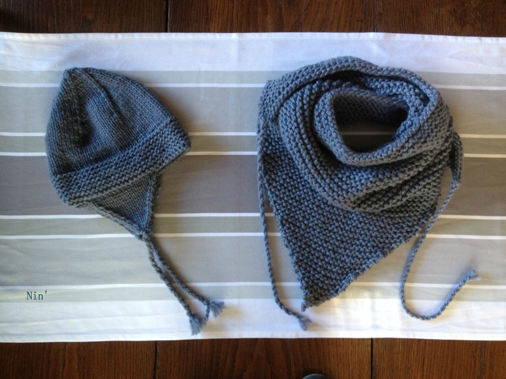 cliché modèle tricot bonnet peruvien naissance bouton source 7a05798484c
