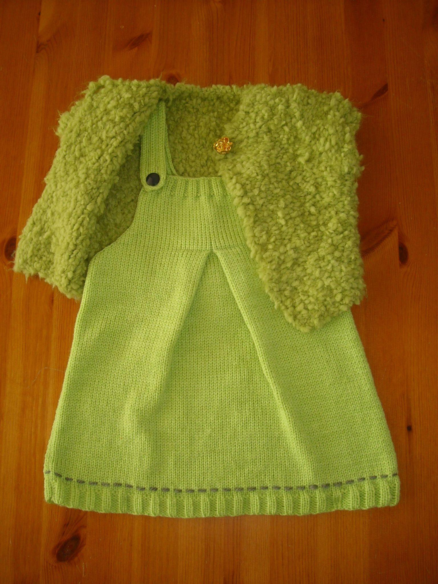c7c2ac1bc72 illustration modèle tricot robe ...