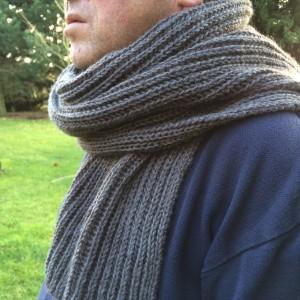 ab52365e93ff Image modèle tricot echarpe femme facile