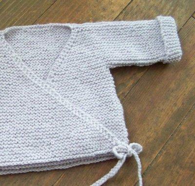 modèle tricot brassiere bébé laine