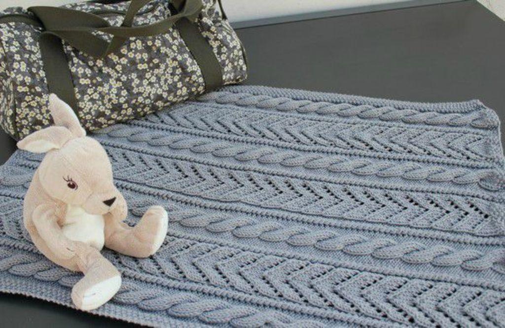 mod le tricot couverture lit b b. Black Bedroom Furniture Sets. Home Design Ideas