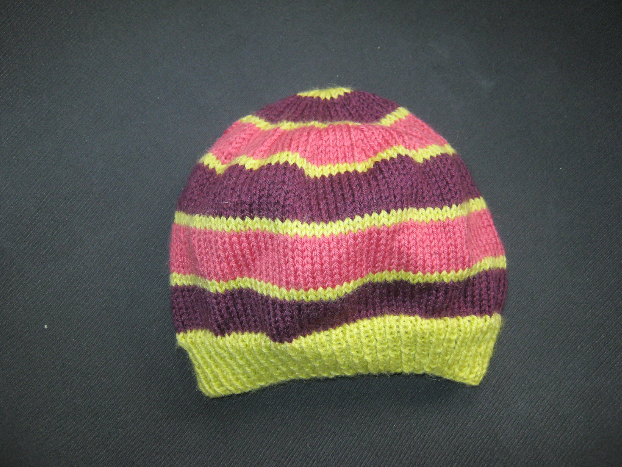 8e3dce8a1e27 modèle tricot bonnet 2 ans