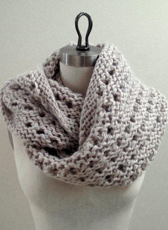 modèle foulard au tricot