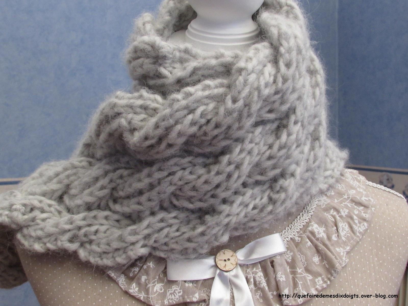 tricoter une echarpe reversible