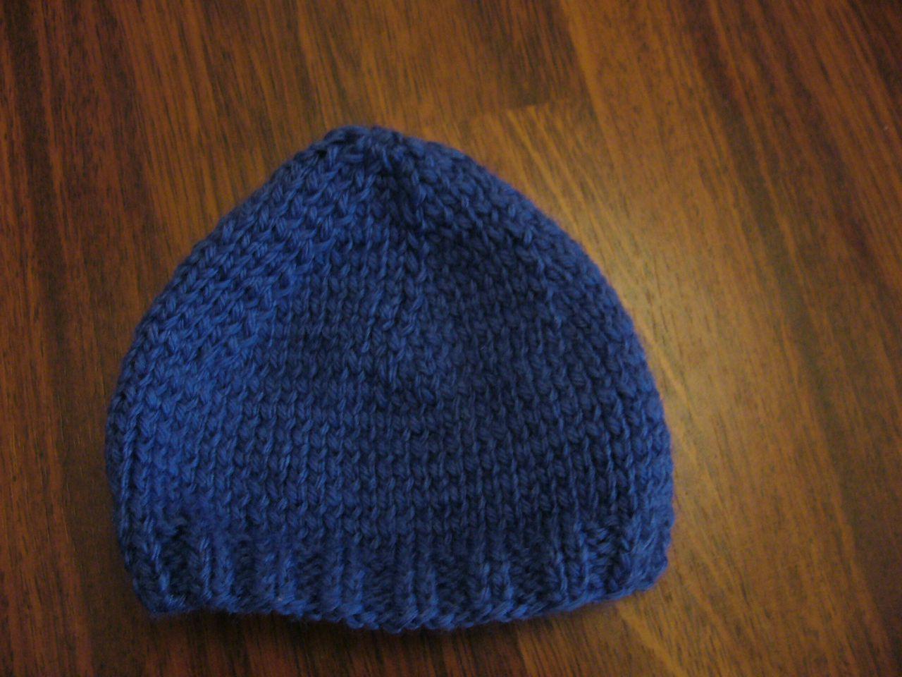 création modèle tricot bonnet naissance gratuit ... 574889b59dd