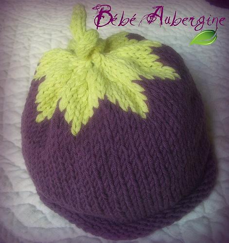 b53d1a308723 création patron tricot bonnet bébé rigolo bouton source