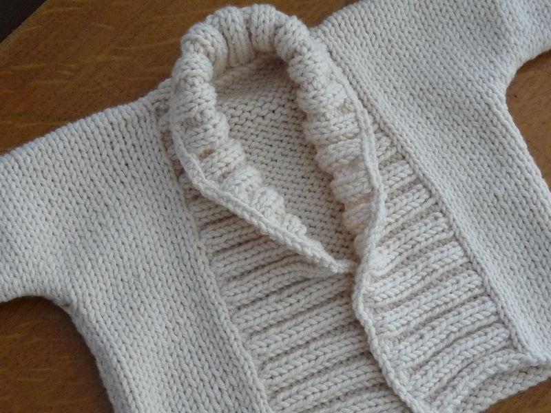 modele tricot jaquette bebe
