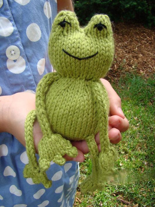 modèle tricot doudou grenouille